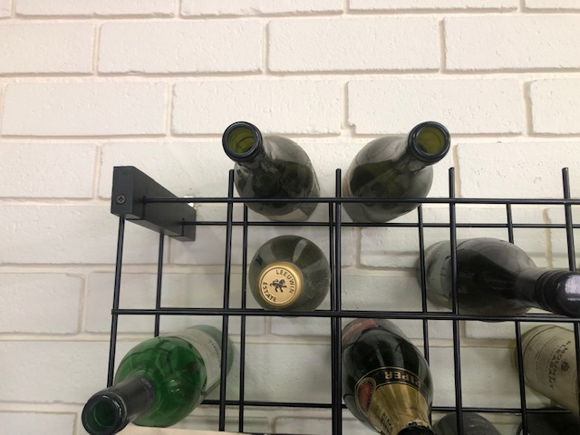 Wine_rack_metal_152_bottle